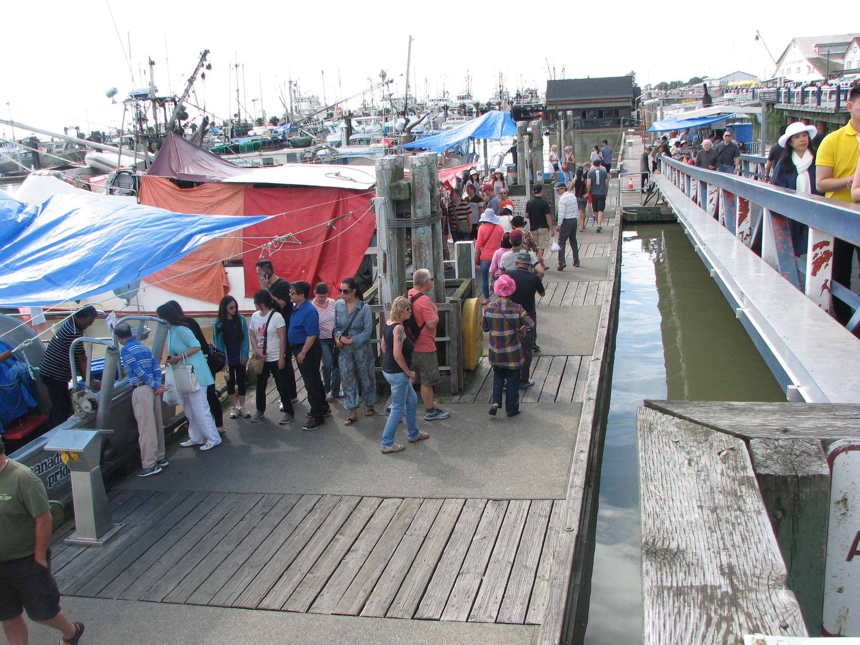 Shopping for Fresh Fish at Steveston Harbour's Fisherman's Warf